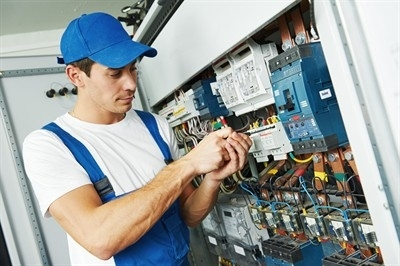 electrical-fitter-in-normandy--mo