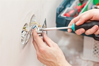 registered-electricians-in-beverly-hills--mo